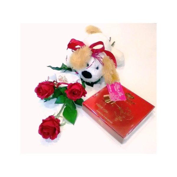 3 rosas rojas con peluche y bombones