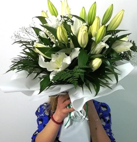 Ramo de Liliun Blancos